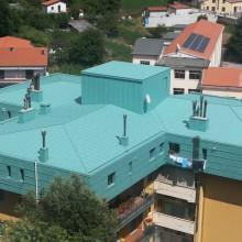 Rivestimento e copertura doppia aggraffatura in alluminio patina verde